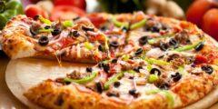 عمل البيتزا في المنزل خطوة بخطوة بطريقة سهلة جدا و سريعة